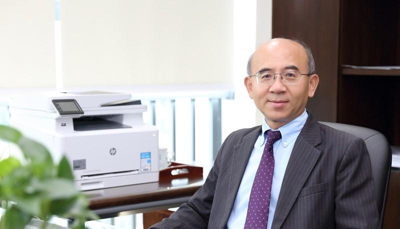 Professor Fan Xitao is the new Dean of Education.