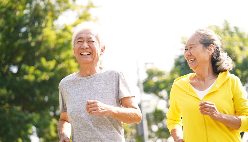 The CUHK IHE publishes a commentary to examine why both women and men in Hong Kong are leading the world in life expectancy.